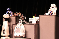 robotique,assistance,innovation,InnoRobo,robots,futur,Montebourg